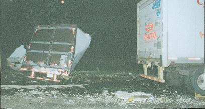 TTrailer_Blows_Tire_2005___5_.jpg