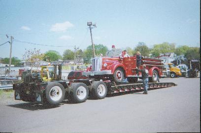 Transport_mack_fire_truck_transport.jpg