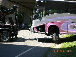 rt80_bus_crash_8_22_08___14_.jpg