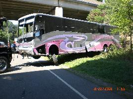 rt80_bus_crash_8_22_08___15_.jpg